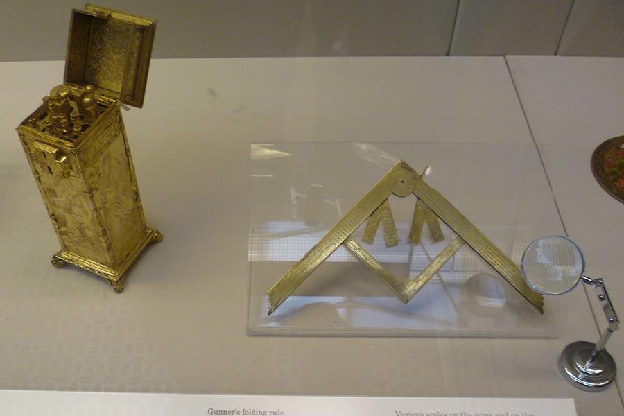Прибор XVI-го века для определения калибра артиллерийского орудия