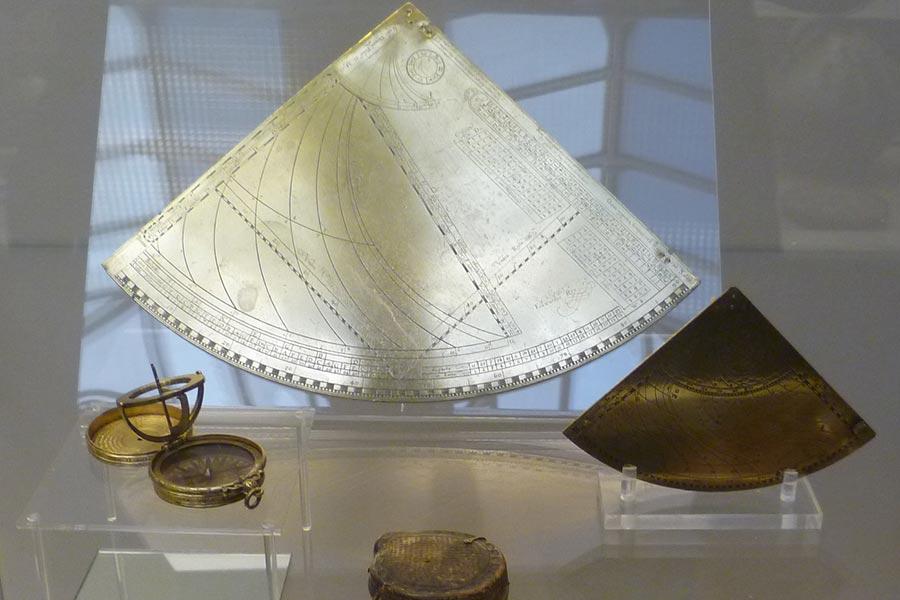 Навигационные приборы эпохи Великих географических открытий