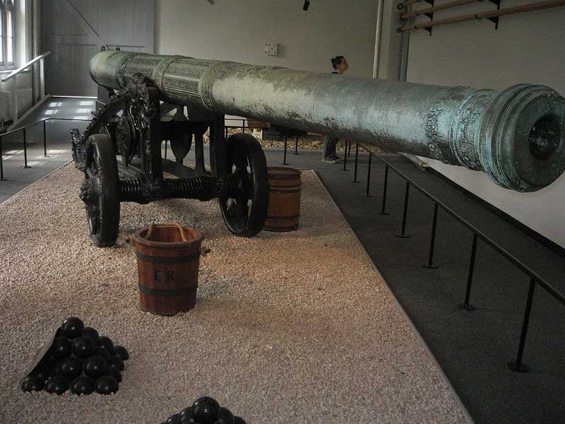 Кулеврины, мортиры и бомбарды