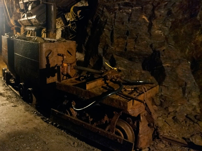 Tранспортировка руды.