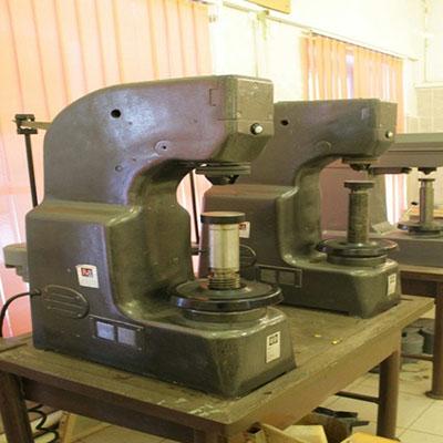 Прибор измерения твердости металлов по методу Бринелля