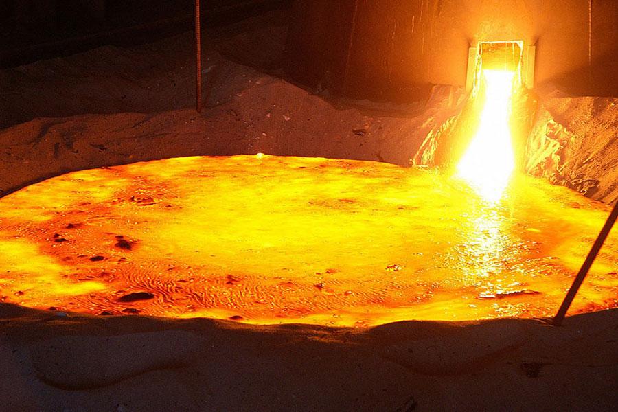 Жидкая сталь