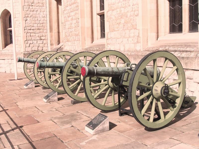 Орудия начала 19-го века.