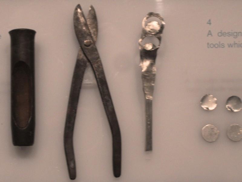 Инструменты монетчика.