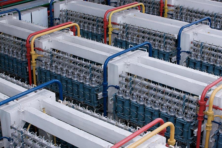Создание промышленности обогащения урана методом газоцентрифужной технологии